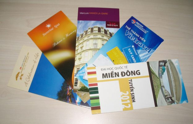 in-brochure-chat-luong-1